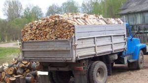 Зил колотых дров