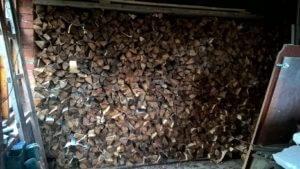 Колотые дрова с доставкой и укладкой